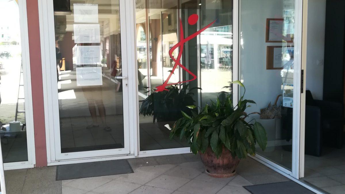 Habillage vitrine kiné-ostéopathe